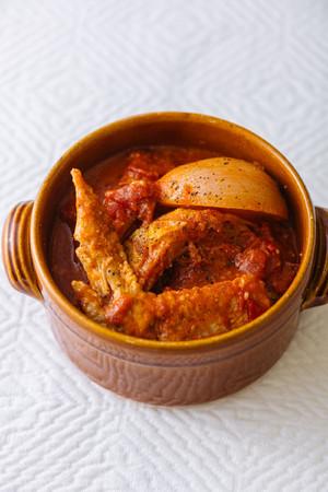 ボリューム満点!手羽先とキャベツのトマトスープ