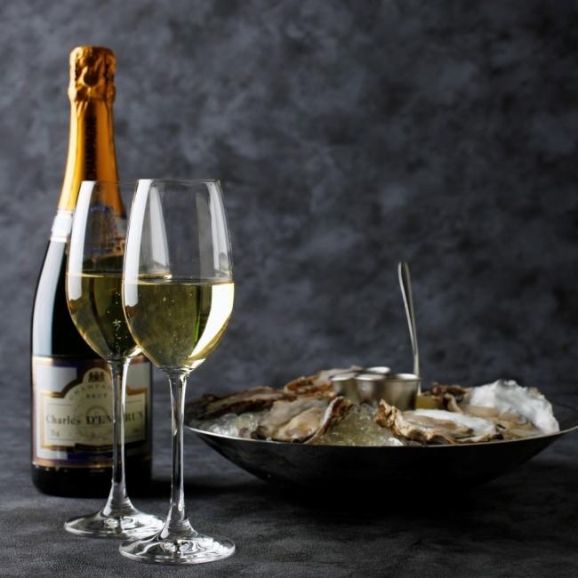 生牡蠣とシャンパン