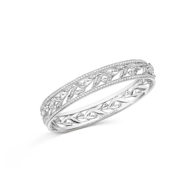 「ローリエ」コレクション ブレスレット WG,ダイヤモンド ¥4,820,000(税抜)