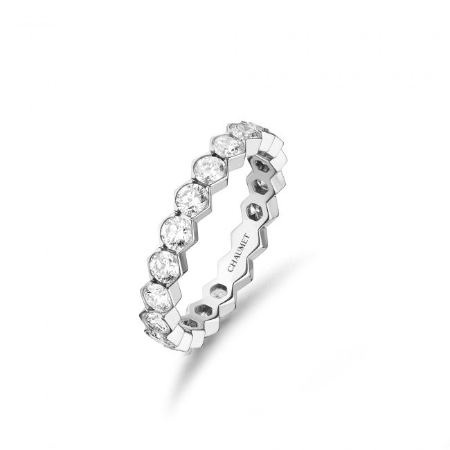「ビー マイ ラブ」コレクション ハニカムリング3.5mm (WG,ダイヤモンド)    1,070,000円(税抜価格)