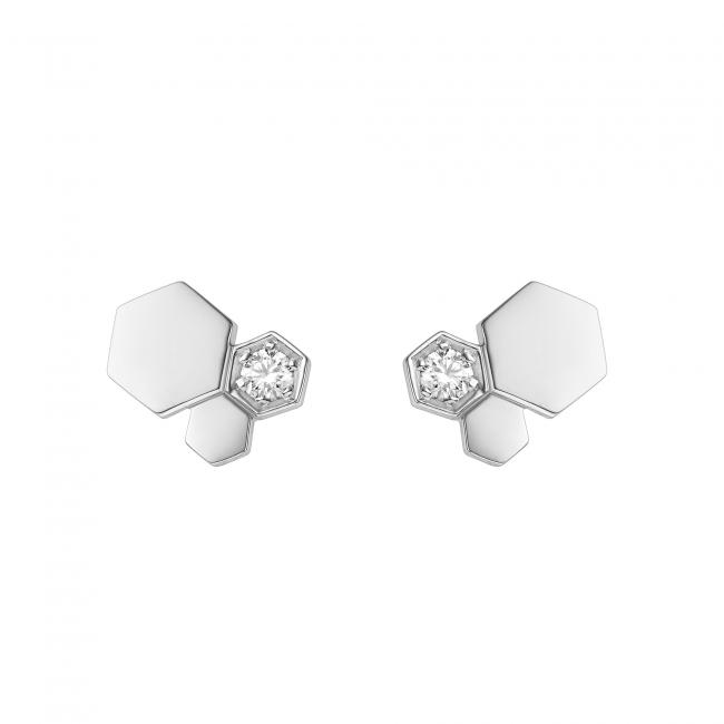 「ビー マイ ラブ」コレクション スタッズイヤリング (WG,ダイヤモンド)      264,000円(税抜価格)
