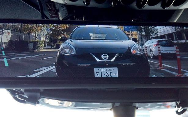 後ろのナンバーもはっきり見えるフルハイビジョンカメラ