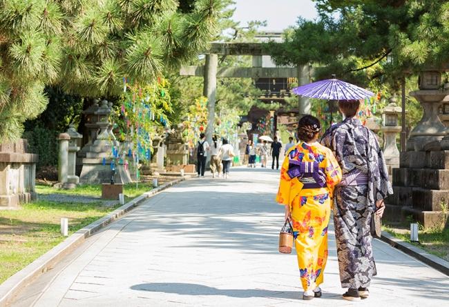 北野天満宮 寺院・神社の協力のもと、七夕飾りや夜間特別公開、ライトアップ等を実施