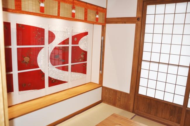 桜井漆器の壁面装飾
