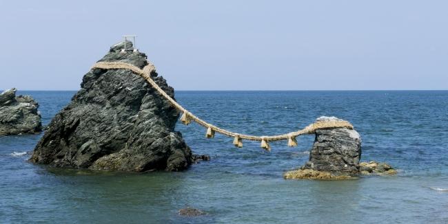 恋愛のシンボル、夫婦岩