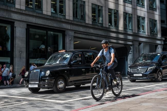自転車通勤は健康づくりへの第一歩:自転車通勤の従業員は就業開始後45分のストレスレベルが、車通勤者と比べ著しく低い傾向に