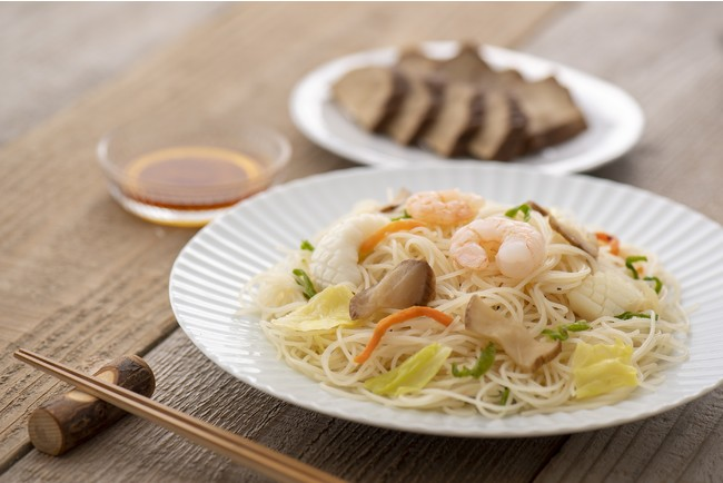 (ケンミン)秋田ケンミン焼ビーフン調理イメージ