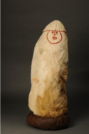 チャチャポヤのミイラ 典型的なミイラ包み ペルー文化省・ミイラ研究所・レイメバンバ博物館(c)義井豊 MINISTERIO DE CULTURCENTRO MALLQUI MUSEO LEYMEBAMBA