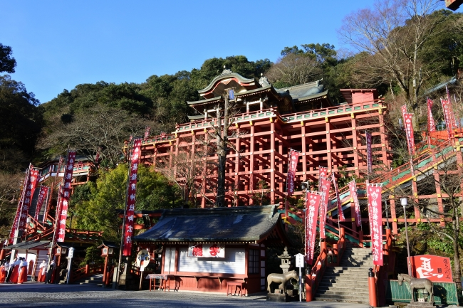 日本三大稲荷のひとつ「祐徳稲荷神社」