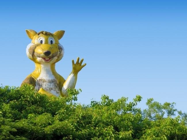 巨大リスのオブジェが日本一に認定(森の遊園地 武雄嬉野メルヘン村)