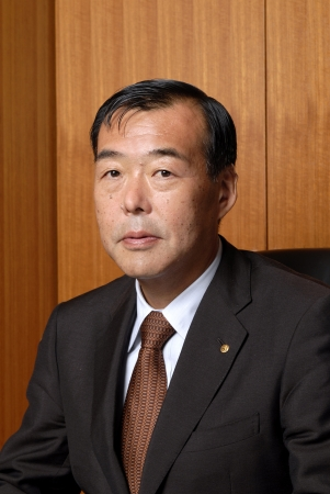 豊島株式会社 代表取締役社長 豊島 半七