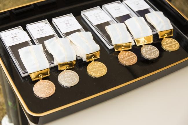 リサイクル貴金属で作られたメダル