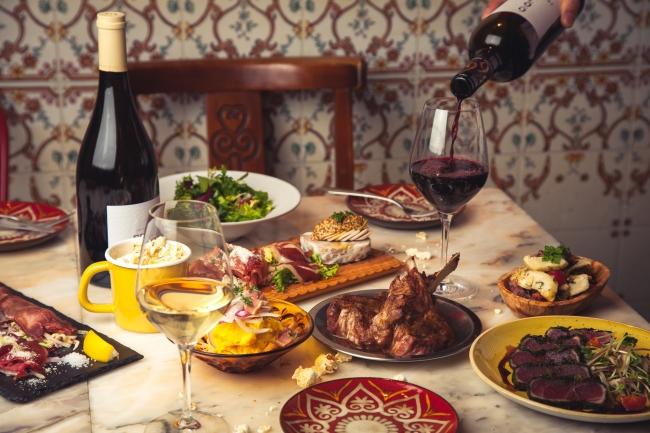 世界中の美味しいワインと
