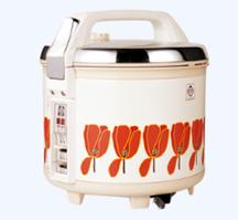 1974年発売の炊飯電子ジャー<炊きたてダブル>。50年目を迎える「炊きたて」ブランドは1970年発売の電気ジャー<炊きたて>より現在も続いている。