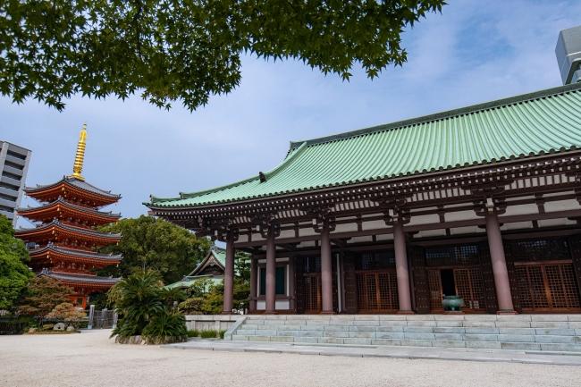 まち歩きコースで訪れる東長寺