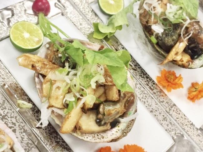 松茸と鮑のステーキ