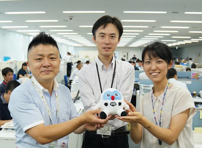 【左から】つくば市職員の酒井謙介さん、高橋豊さん、中林まどかさん(当時)