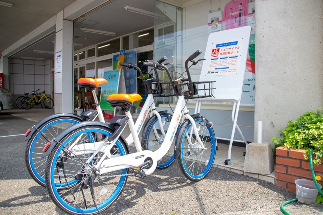 宮崎県新富町は2019年4月からサイクルシェアサービスの実証実験を開始。地域交通のアップデートにいち早く取り組んでいます。