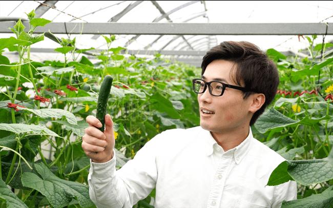 井出飛悠人氏(シェアグリ代表取締役社長)は宮崎県新富町を「実証実験に圧倒的に有利な地域」と話します