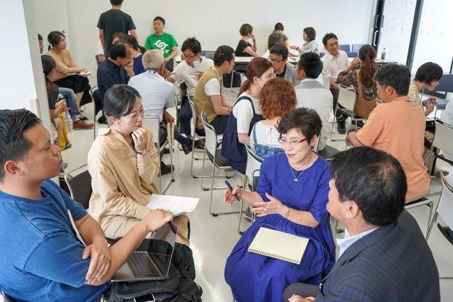 こゆ財団の教育イノベーターチームは新富町内で断続的に学校現場や人材育成にかかわる方向けのコミュニケーションの場を創出しています。