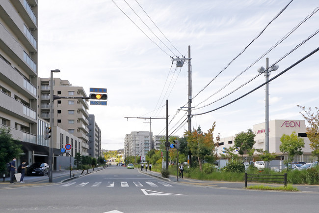 ▲学研奈良登美ヶ丘駅前