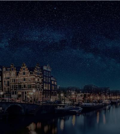 ブランド発祥の地、アムステルダムの夜空を彩る無限の星をドームに閉じ込めました。