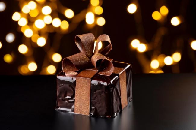ギフトボックスチョコレートケーキ