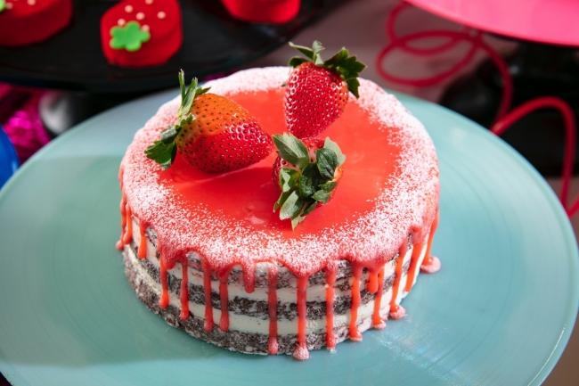 流れるクリームに僕の心はメルト ストロベリーショートケーキ