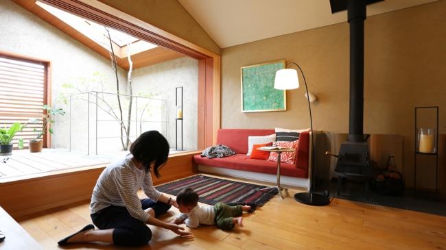 住宅地に建つ宿泊できるモデルハウス「下田の家」