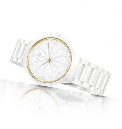 timeless design 50e55 285c8 スイス生まれの時計ブランド ラドーより、デザイン ...