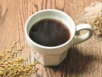 コーヒーのように見えますが、カフェインを含まないので年代や時間を気にせずにいつでも飲むことができます。