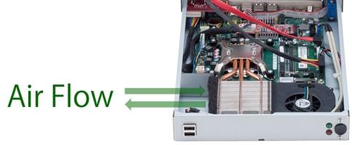 ホコリや異物を吸い込みにくいダクト構造のCPU空冷
