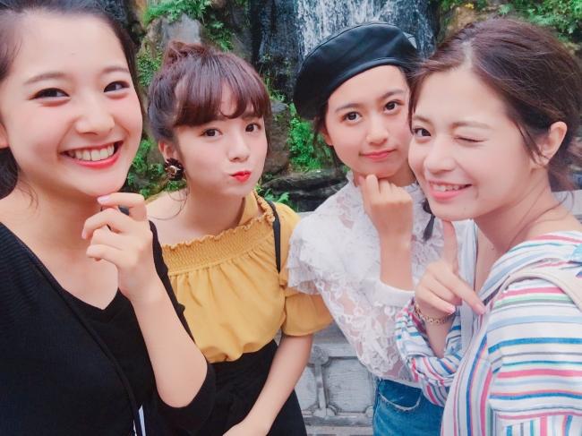 (台湾でのオフショット/写真左から:悠花さん、横山紗弓さん、松元愛由さん、楠田瑠美さん)