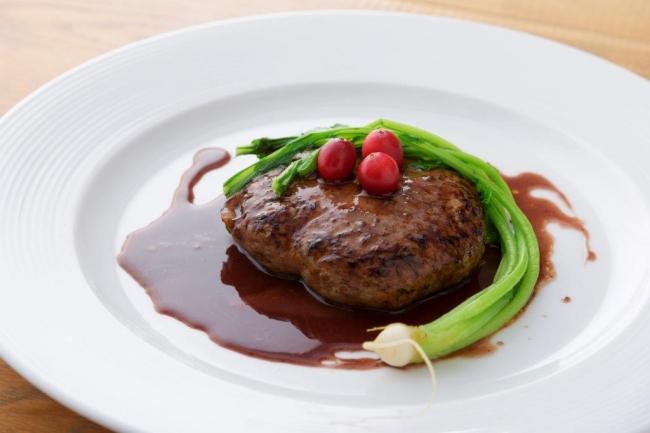 仔牛のハンバーグ 赤ワインソース