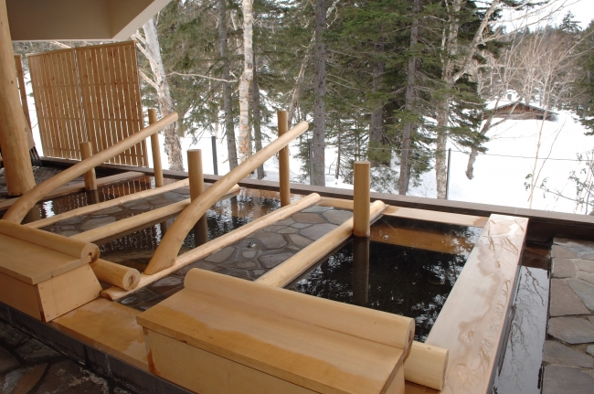 大浴場 露天の寝湯