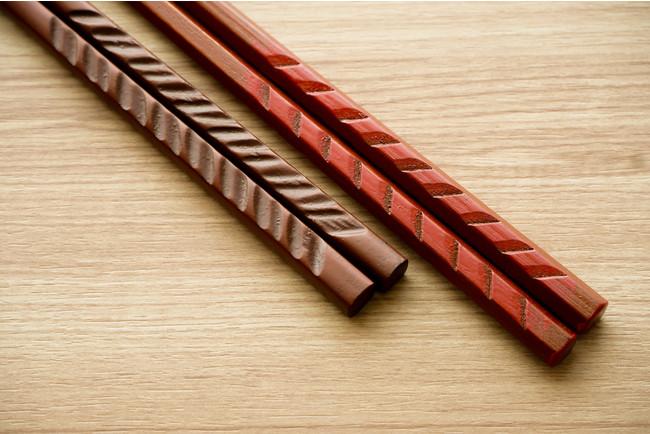 伝統工芸品「鎌倉彫」の塗り箸