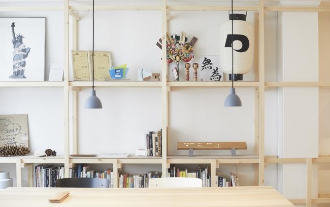 mui Labのオフィスの佇まい。オフィスは、京都で400年以上続く家具街、夷川通りにある。