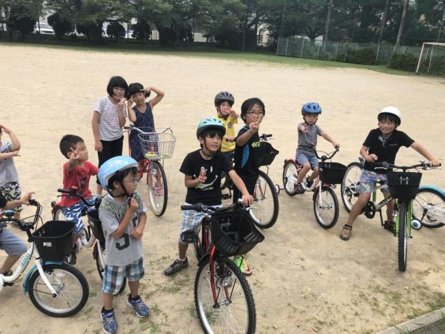 自転車寄贈の様子(2018年)