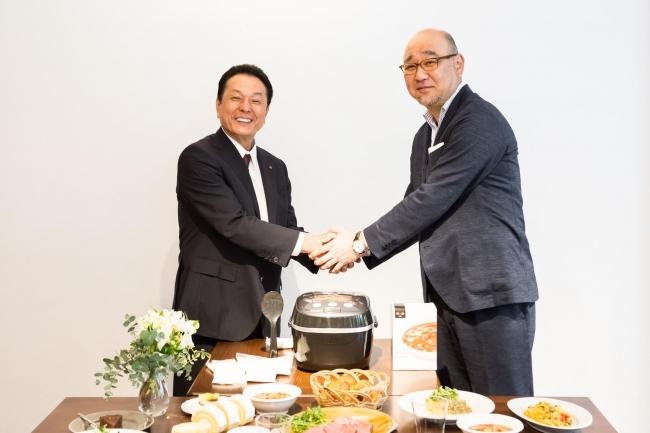 (左)タイガー魔法瓶株式会社 常務取締役 和田隆弘氏、(右)RIZAP株式会社 取締役 高谷成夫