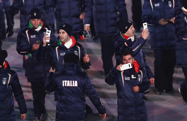 開会式でのイタリア選手団