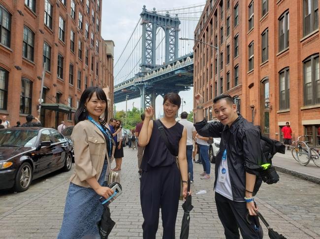 ブルックリンエリアを観光するMembers