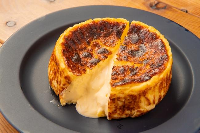 とろけるベイクドチーズケーキ 税込1,944円