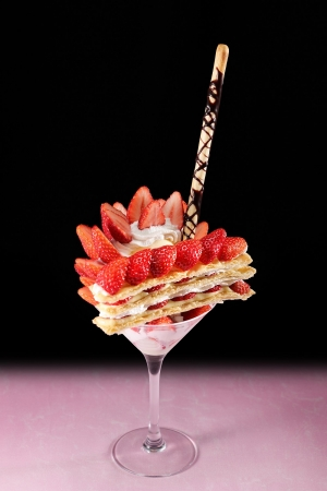苺ミルフィーユパフェ(季節限定) 1,480円