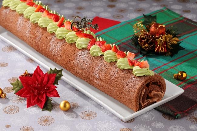 いちごのクリスマスロールケーキ