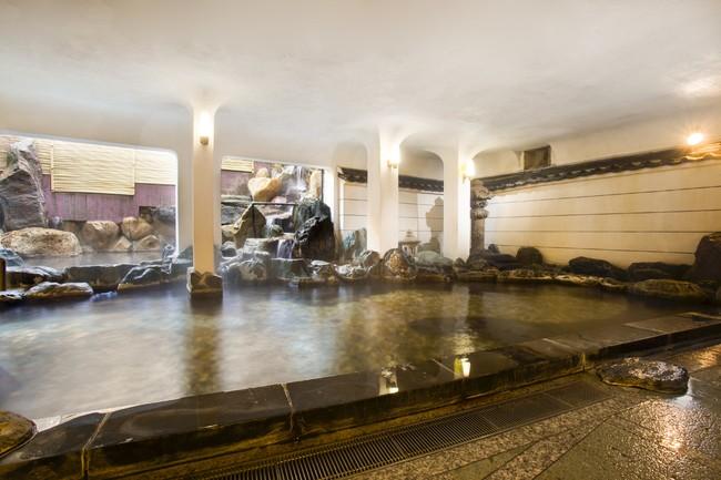 大浴場「瑠璃」