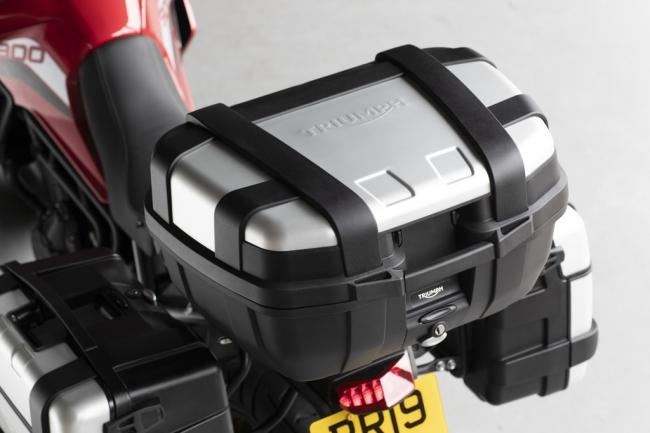 Givi トレッカーラゲッジトップボックス(大容量52L)