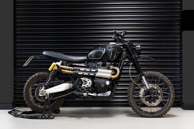 『007ノー・タイム・トゥ・ダイ』のバイクスタントシーンに登場したScrambler 1200 XEカスタム車両