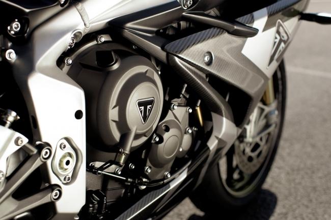 新型Moto2TM派生765ccエンジン