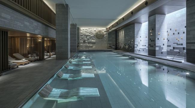 20mのリゾート感あふれるプール