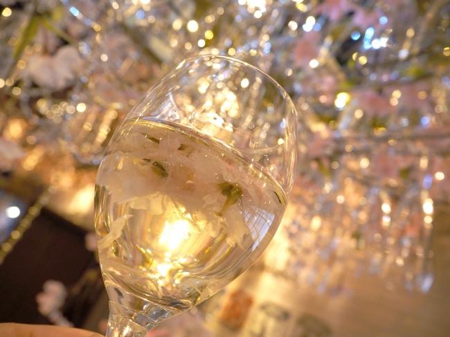 オリジナルの桜ワインが楽しめます
